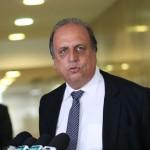 Ministério Público Federal fez o pedido por falta de provas; governador do Rio de Janeiro era suspeito de lavagem de dinheiro em campanha eleitoral