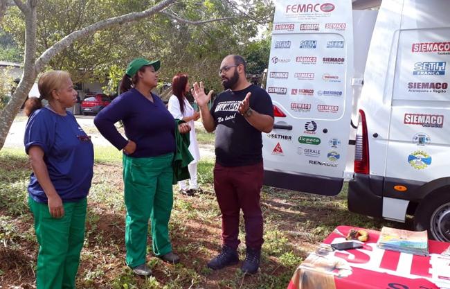 Trabalhadores do Parque do Carmo recebem Atendimento Móvel médico e jurídico gratuitos