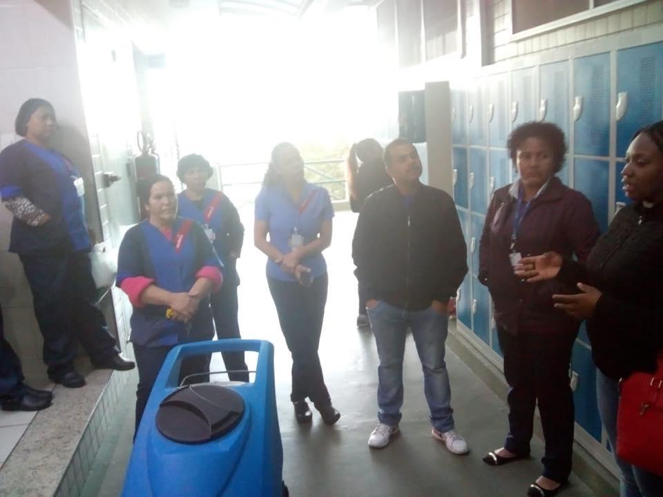 Siemaco Guarulhos leva informação para os trabalhadores do Hospital Ipiranga em Arujá