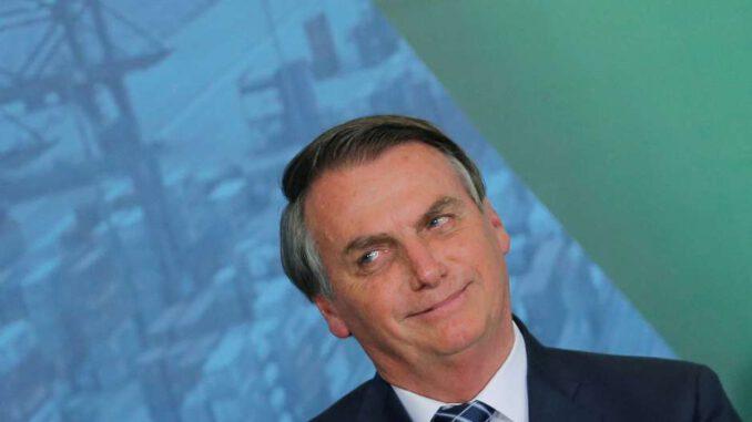 Bolsonaro não reajusta salário mínimo de acordo com inflação