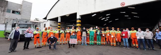 Dia do Trabalhador da Limpeza: distribuição de milhares de kits de proteção pelo SIEMACO-SP movimenta garagens e alojamentos